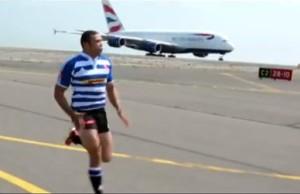 hombre vs avion