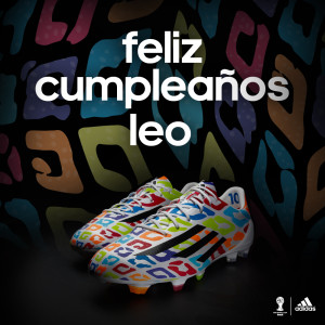 Botines cumpleaños Messi (1)