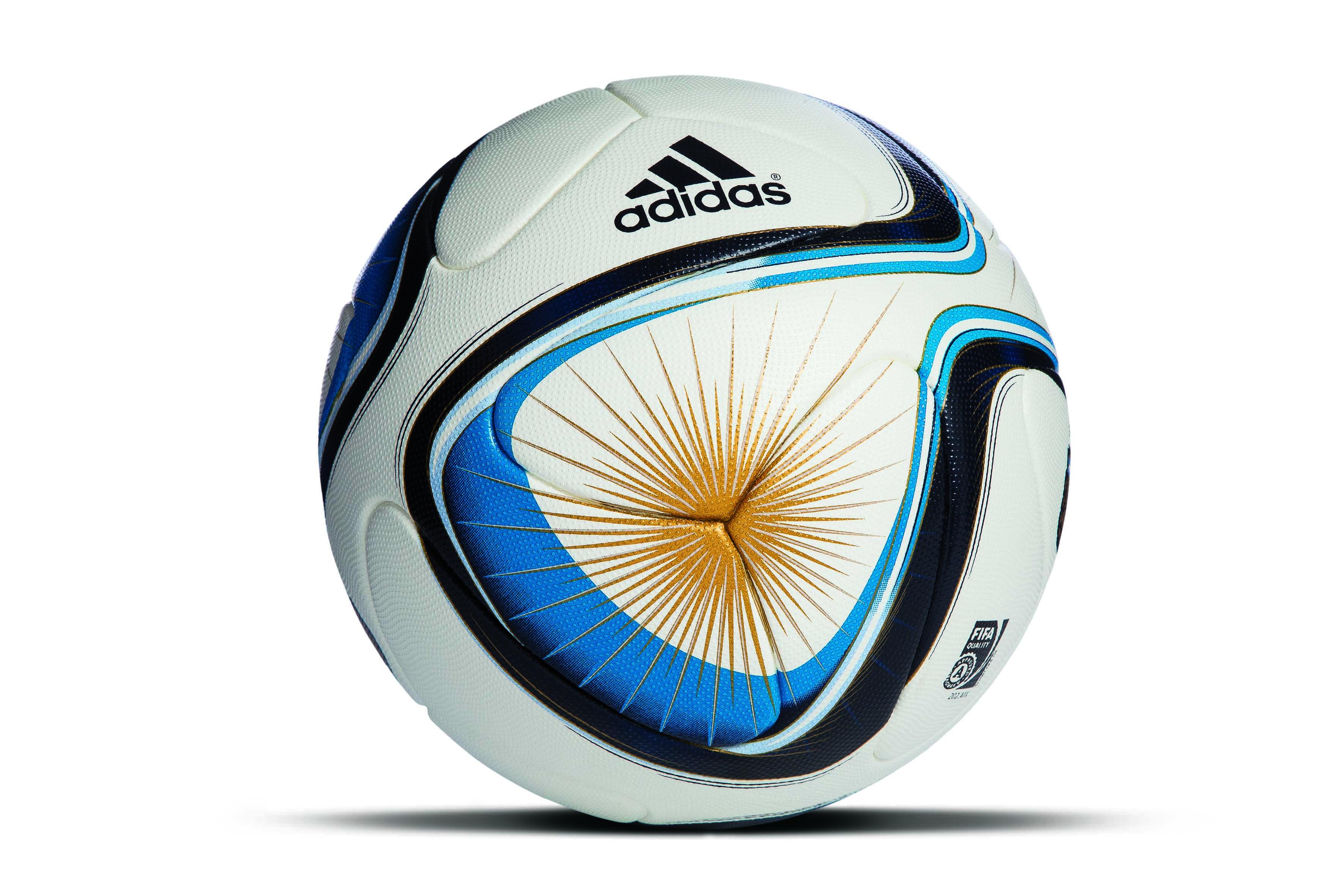 """1db1be9b13b adidas presenta el nuevo balón """"Argentum 2015"""", que se estrenará en el tan  esperado Torneo de Verano y será utilizado en todos los torneos de la  Asociación ..."""